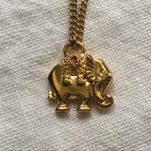 Vintage Avon Necklace Gold Elephant pendant
